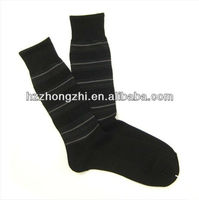 Classic design men's stripe mid-calf business / dress office socks with OEM service