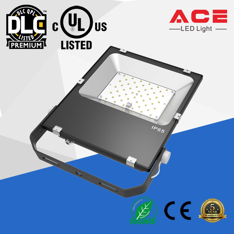 UL DLC listed IP65 125lm/w Pccooler LED Flood Light