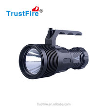 2016 Promotion waterproof torch light DF009 using 1* CREE XHP70 led light , high quality Cree diving flashlight