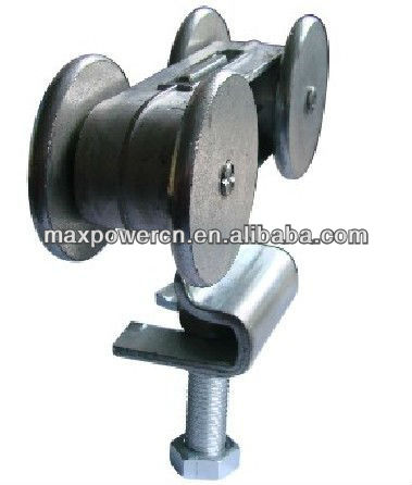 Pulley for industrial door