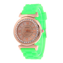 Wholesale promotional advertising quartz watches for lady cheap silicone band women geneva watch