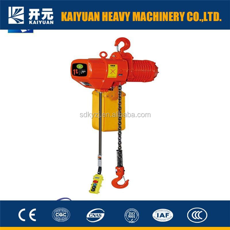A 32 t useful lifting chain block crane for Singapore