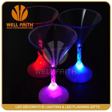 Club Night Novelties Led Flashing Wine Glass,Glow in the dark Fancy Plastic Wine Glass
