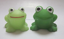 Custom rubber floating frog PVC bath toys