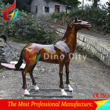 Outdoor Animals Lifesize Fiberglass Horse
