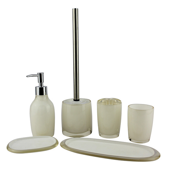 Luxury clear resin bathroom accessory sets with silver color inside