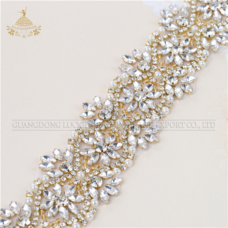Hot sale bridal clear rhinestone beaded applique with <strong>crystal</strong> for women sash