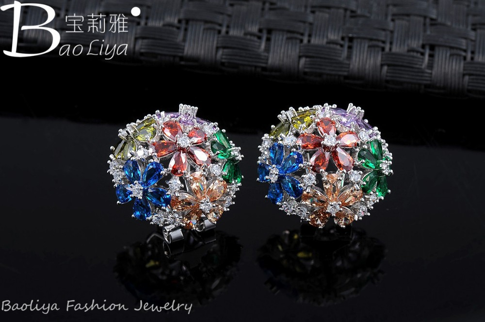 Fashion Jewelry Round Shaped CZ Diamond Crystal Stud Earrings