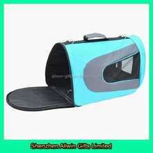 2015 Stylish customized Pet carrier bag with insulated linner