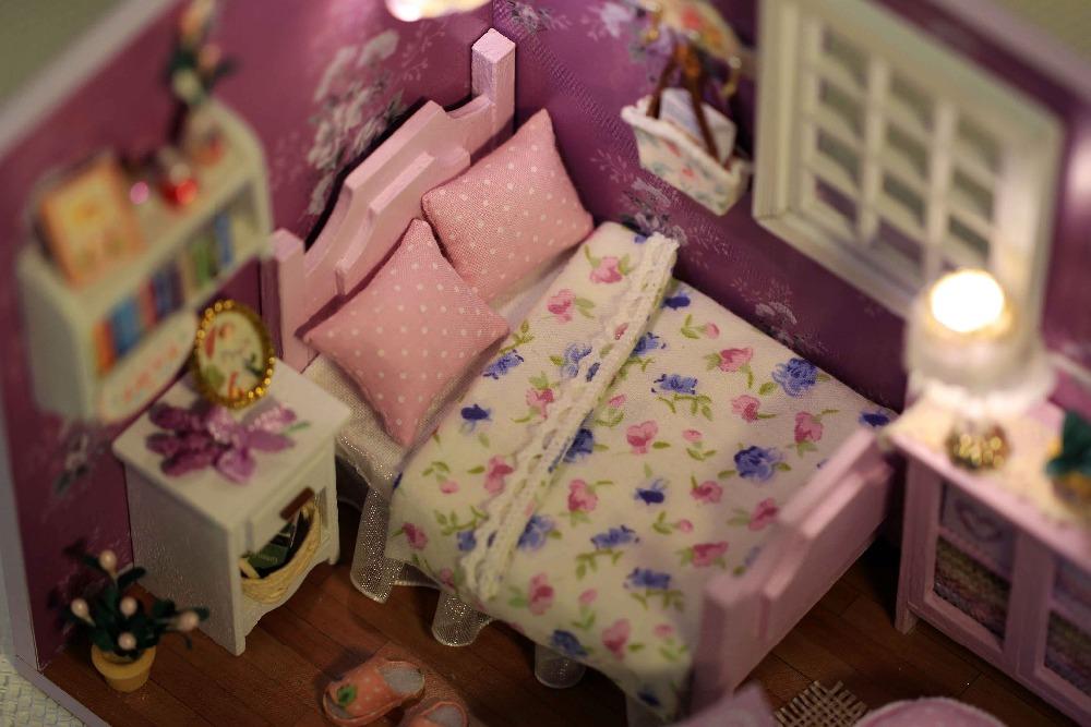 Miniature Dollhouse FAIRY GARDEN ~ Petite Fairy Dreamer ~ NEW