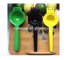 New Products 304 Manual Juicer Stainless Steel Lemon Squeezer with Silicone Handles