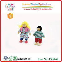 2015 New Toy 6 piece Family Wooden Doll Toy, 100pcs in a caton