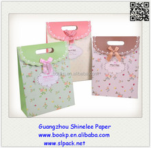 factory sale all designs smal paper packaging carry bag