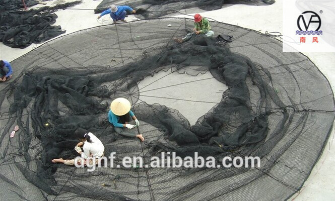 Circular PE aquaculture offshore floating fishing net cage