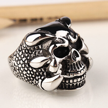 New Fashion Vintage Punk Skull Ring Mens The Expendables 3 Retro Dragon Claw Biker Skeleton Rings Jewelry