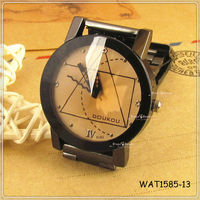 2013 Trendy Geometric Face Retro Lover Watch Hot Sale