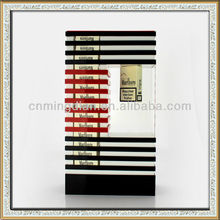customize high quality acrylic magnet floating display rack for cigarette case