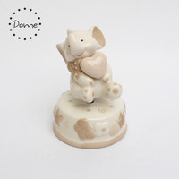Wholesale ceramic rotating porcelain elephant wedding favors music box