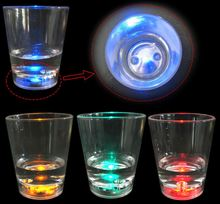 Plastic Light Up Flashing Liquid Activated LED Shot Glass/Cups