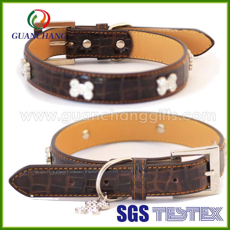 Different colors are available high quality Eco-friendly luxury padded rhinestone dog collars leather