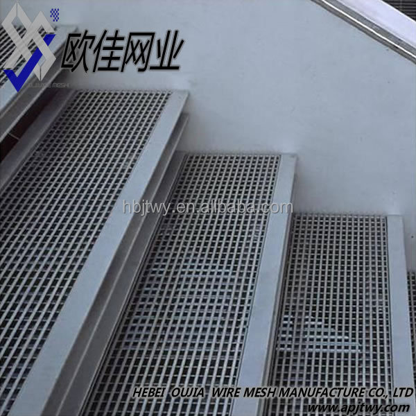 Catwalk grating catwalk floor galvanized steel grating for Catwalk flooring