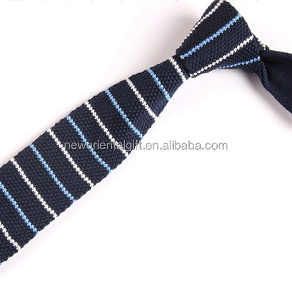 Christmas Stripe Knit Neck Ties