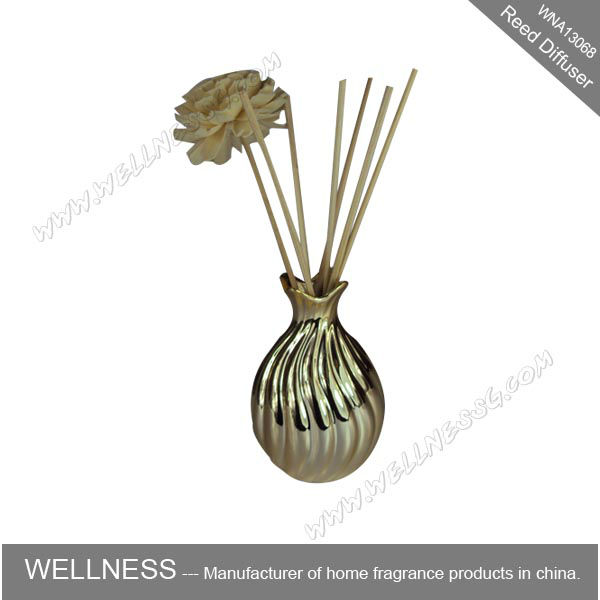 sola flower diffuser with rattan sticks