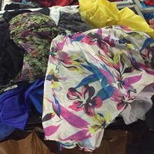 Lots free used clothes in bales and export cream quality used clothes