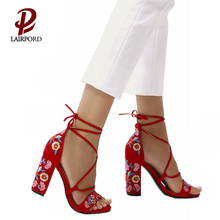 women factory new arrival latest design embroidered sandals for women hot sale in 2018