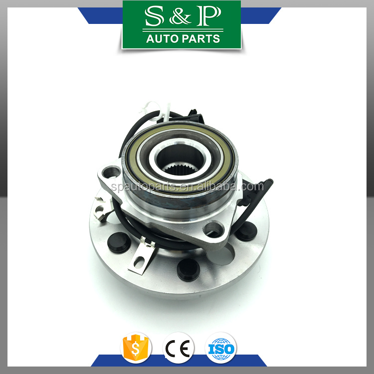 Front wheel hub for Cadillac Escalade 1999-2000 4WD 15997071 515024 BR930346 SP550307