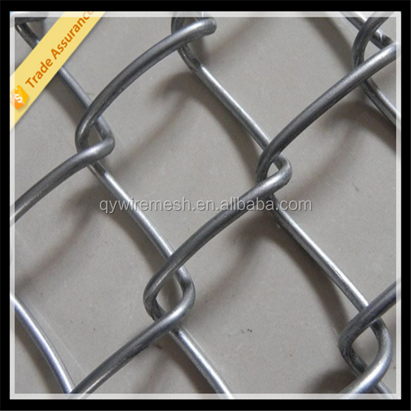 Best price galvanized chain link fen 6ft chain link fence factory / plastic chain link fence