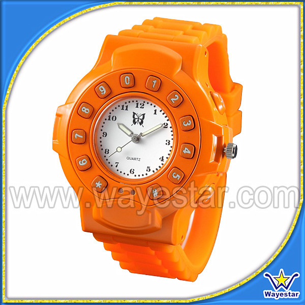 Cheap 1.5'' GSM Quadband Watch Mobile Phone for Kids