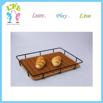 Factory customization different size brown black white color food grade pp plastic washable bakery bread basket