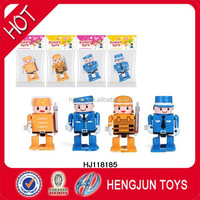 hot selling eco-friendly plastic wind up toy police man kid gift EN71