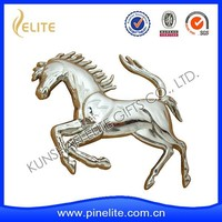 chrome plating custom metal logo emblem,zinc alloy car horse logo for selling