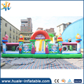 Giant inflatable obstacle course boucner inflatable jumping castle with slide cartoon bouncer