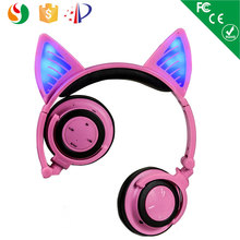 Made in china mobile use cat ear trendy headphone