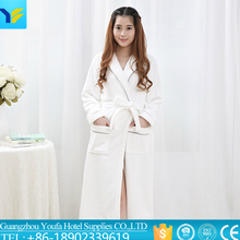 cheap price bath robe wholesale bathrobe,white cotton terry bathrobe,luxury hotel bathrobe
