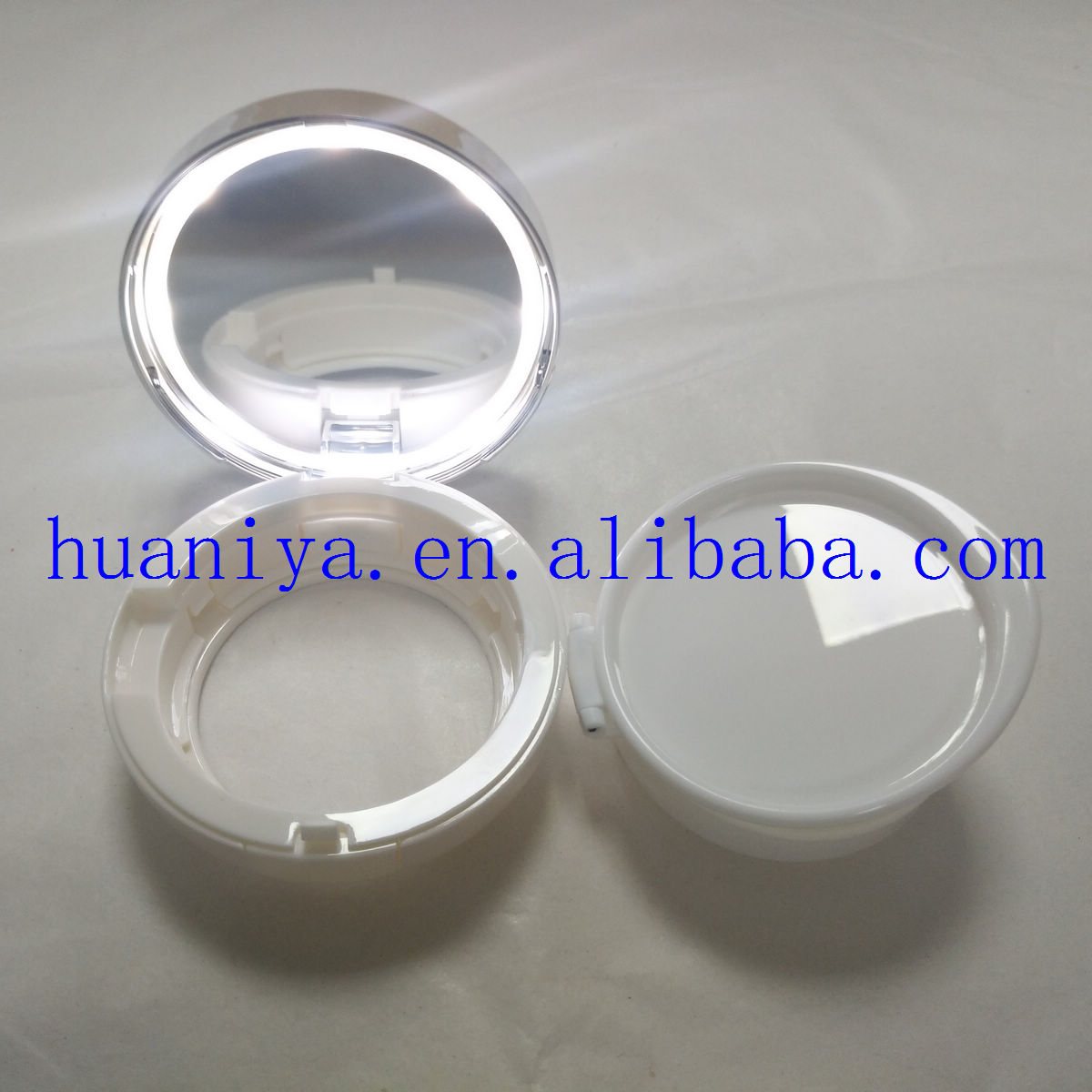 Factory wholesale Newest LED  air cushion compact case