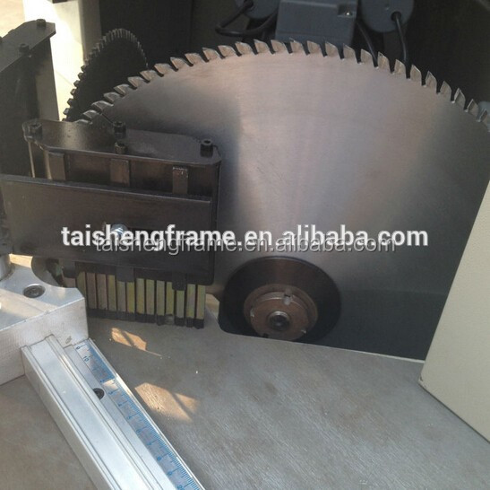 Double saw pneumatic cutting machine for photo frame