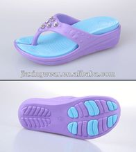 New design jelly child nude beach slippers