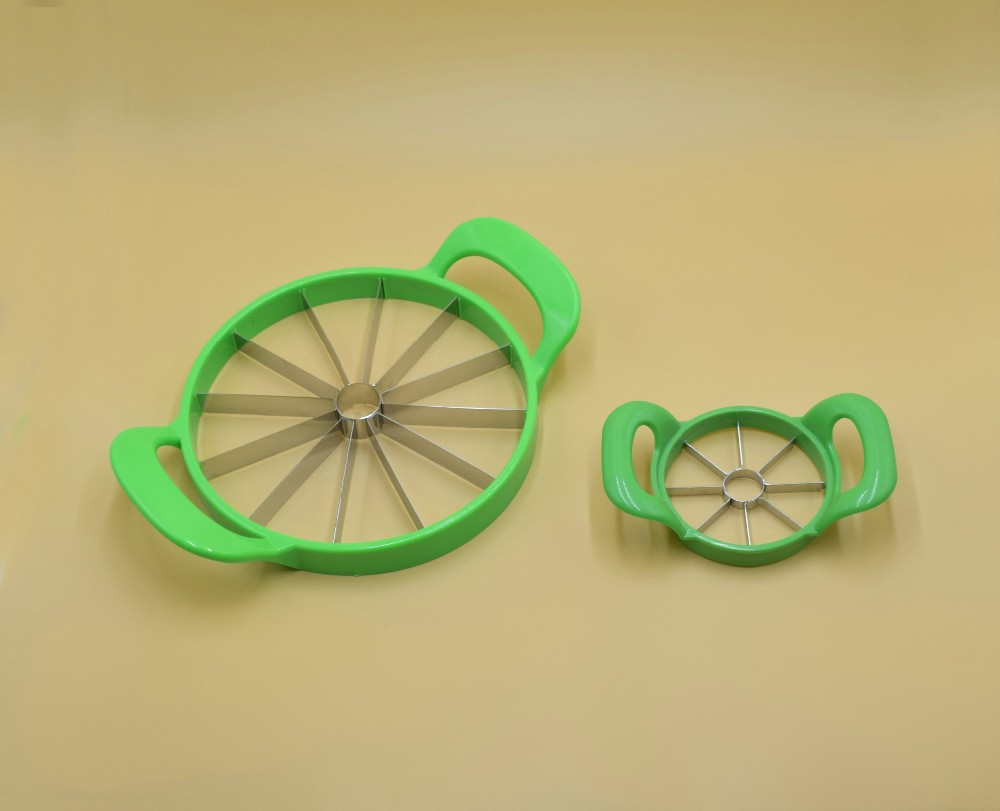 Mulit-functional watermelon cutter