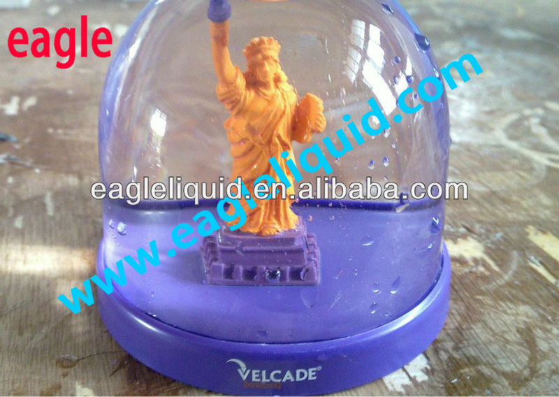 China Spain Market Plastic Statue of Liberty Resin Good Gift Snow Globe