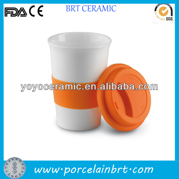 white ceramic coffee mug silicone band with silicone lid