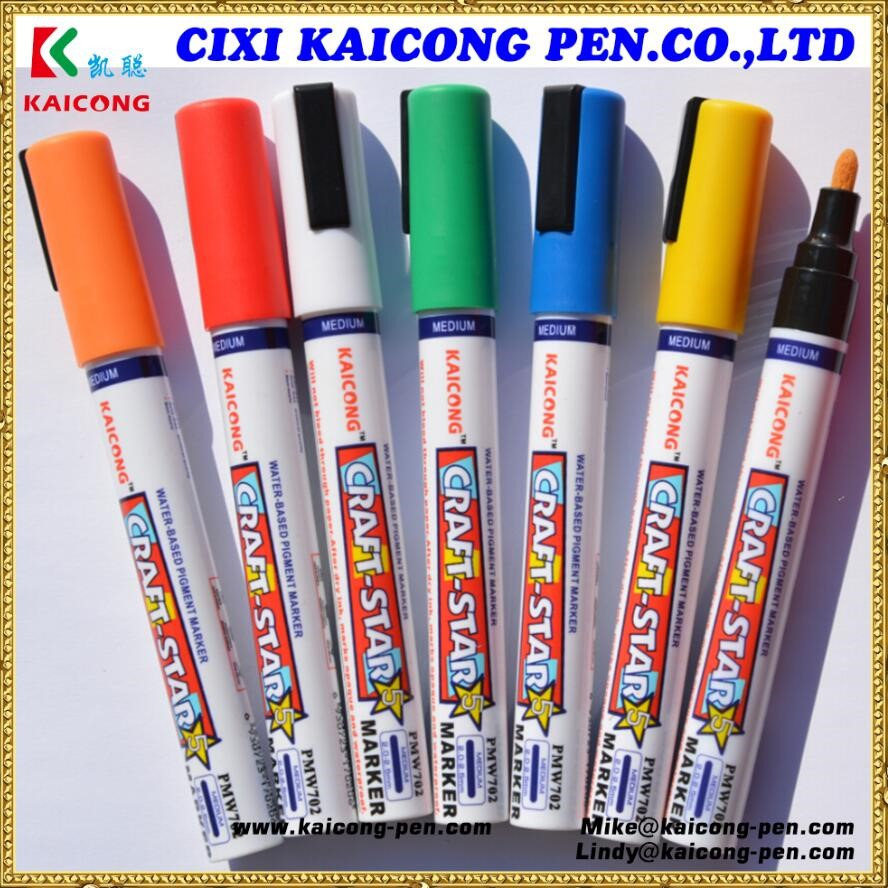 2018 High Quality water-based pigment marker plastic barrel marker valve Action Acrylic paint marker