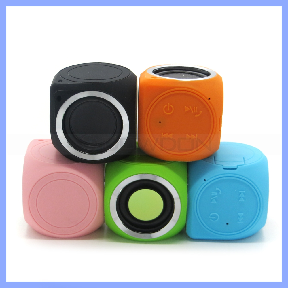 Portable Waterproof Mini Cube Loud Bluetooth 4.0 Speaker With Built-in Mini Microphone for iPhone Android