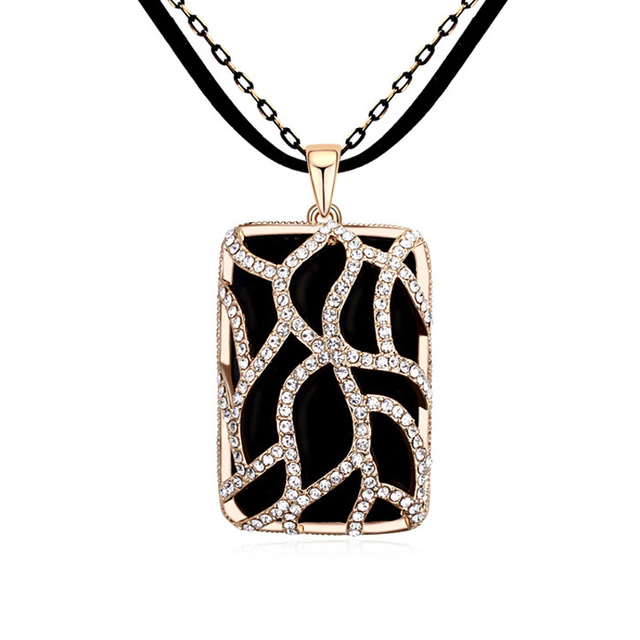 Newest selling OEM design long chain plain necklace in many style