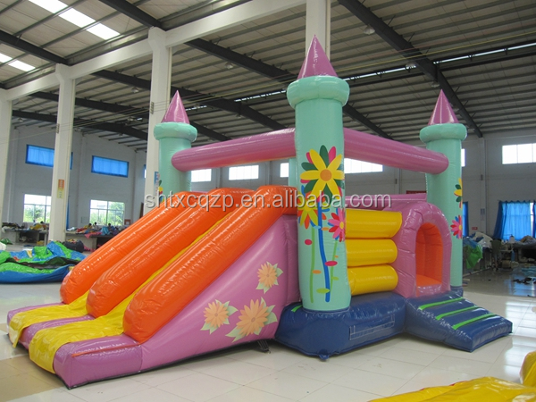 New design inflatable bouncy castle/ castle inflatable