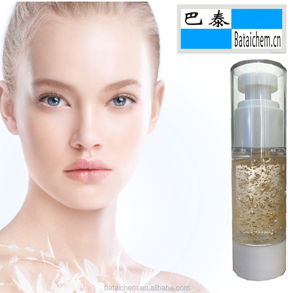 Colorless and smoothing make-up base gel with goldleaf as <strong>face</strong> protection