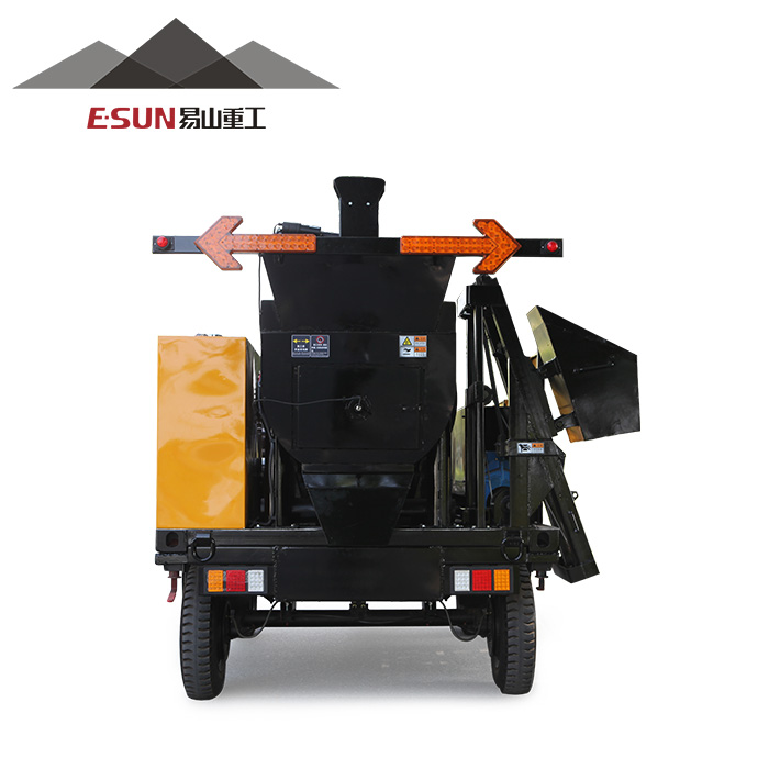 2017 New design asphalt synchronous chip sealer for sale with good quality